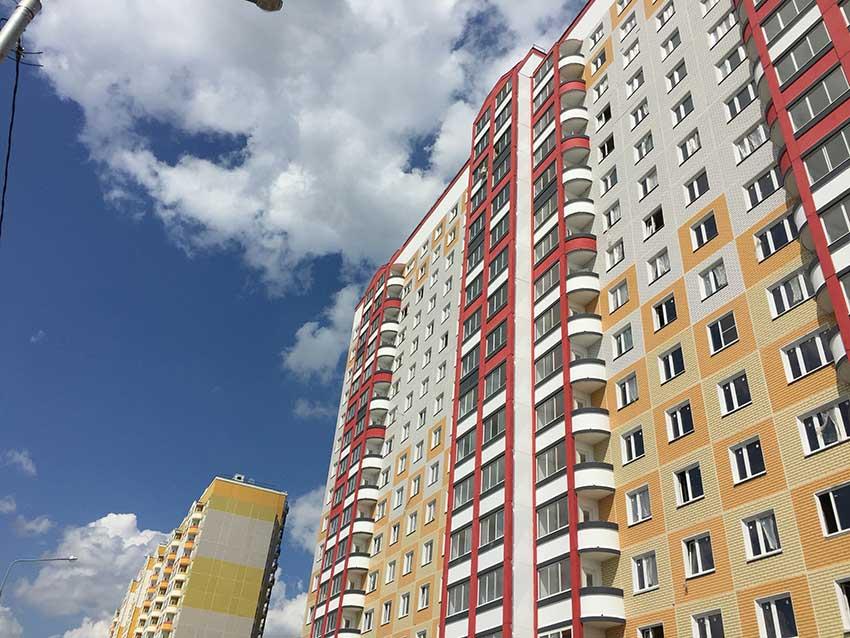 Приемка здания (фото многоквартирного дома)